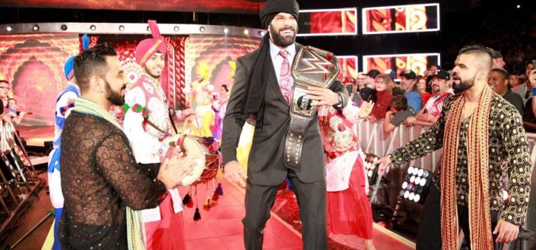 jinder_mahal_arrives_for_his_punjabi_celebration2